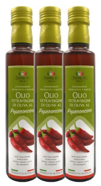 Extra Natives Olivenöl mit natürlichen Peperoncinoaroma aus Italien - höchste Qualität - 3x250 ml