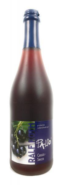 Palio - Cassis Secco 0,75l - Fruchtiger Perlwein - Prämiert aus Deutschland